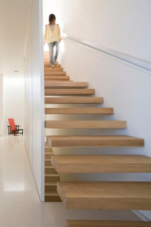 Moderne Holztreppen geländer elegant schwebend