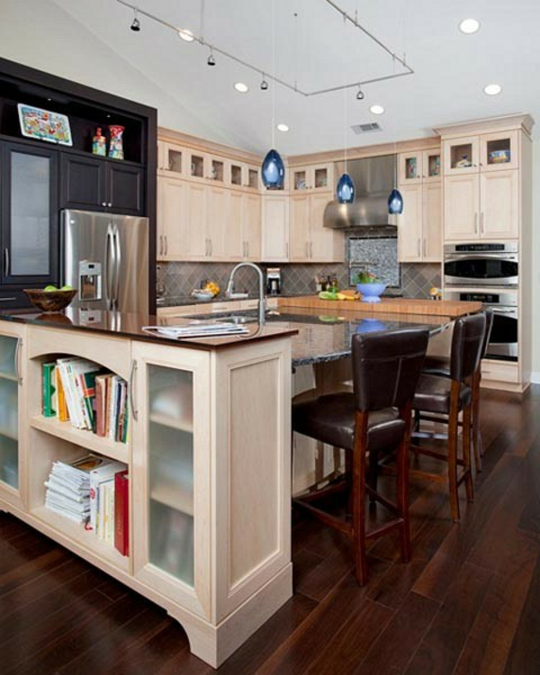Moderne Küchengestaltung Ideen kücheninsel kochbücher