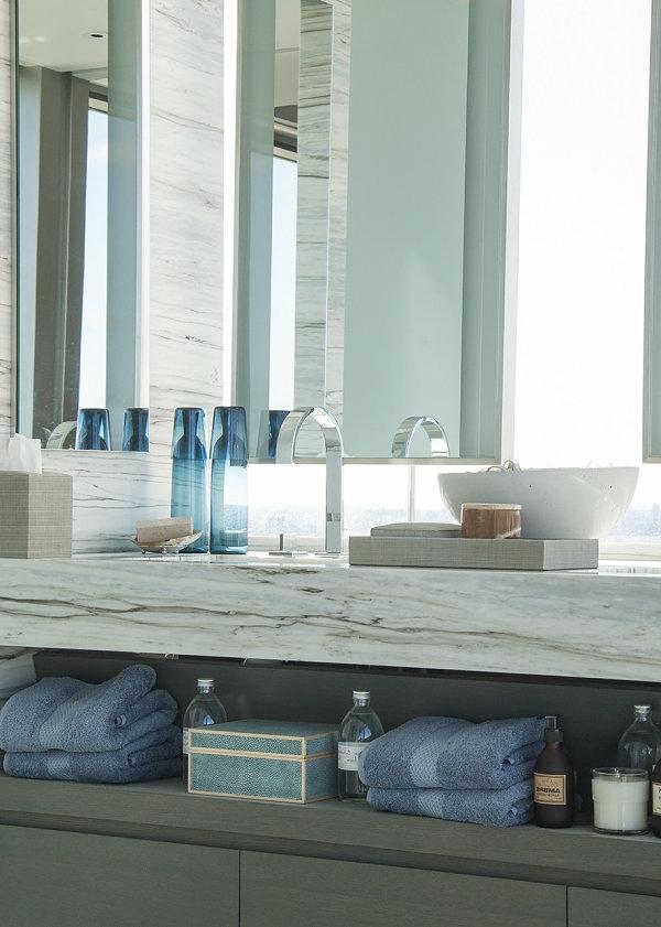 Wandregale für Badezimmer gegenstände zubehör farben