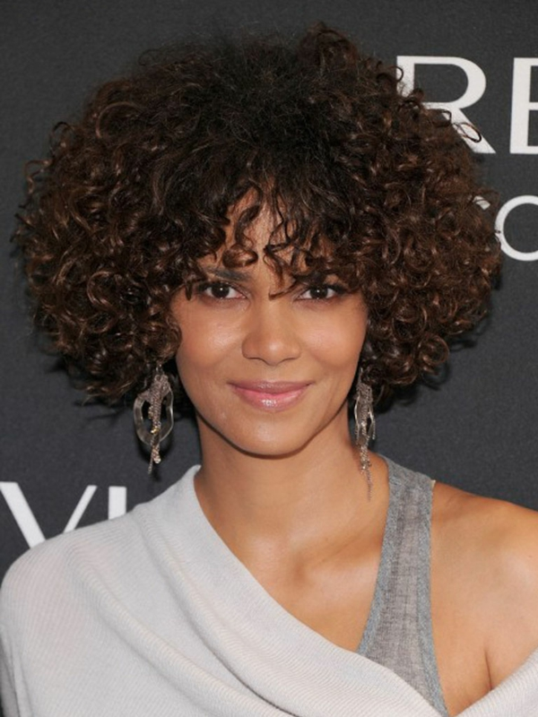 afro style haaschnitt locken frisuren für schulterlanges haar