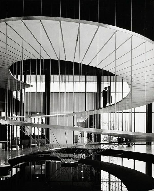 architektur art treppenhaus schwarz weiß