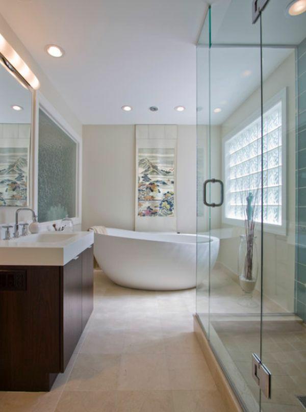 Freistehende badewanne im modernen badezimmer - Badezimmer modernes design ...