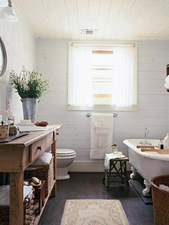 badezimmer möbel aus holz im retro stil rustikal holzboden läufer