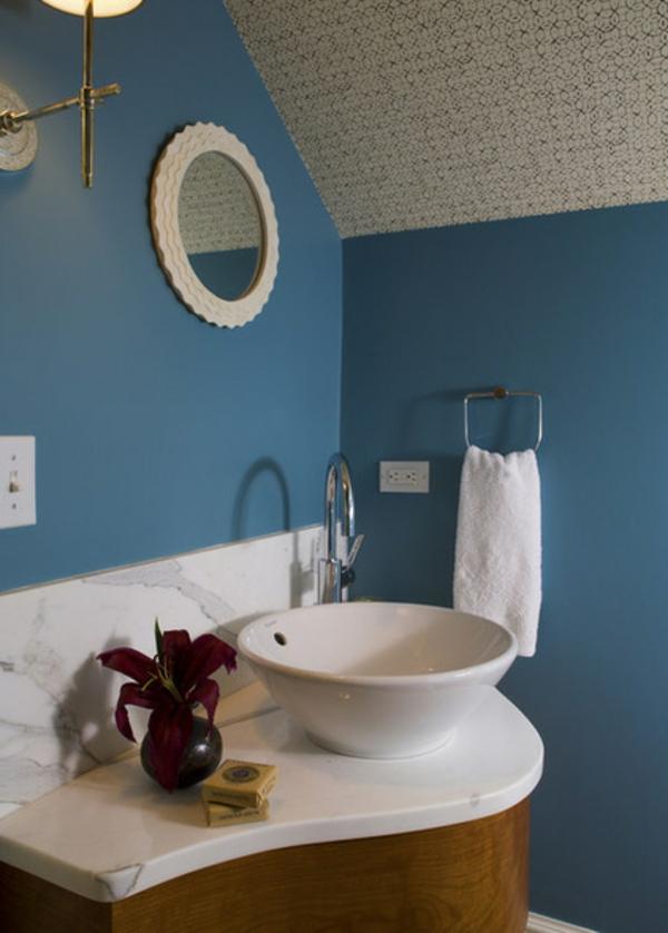 badezimmer zimmerdecke gestalten tapeten geometrische muster