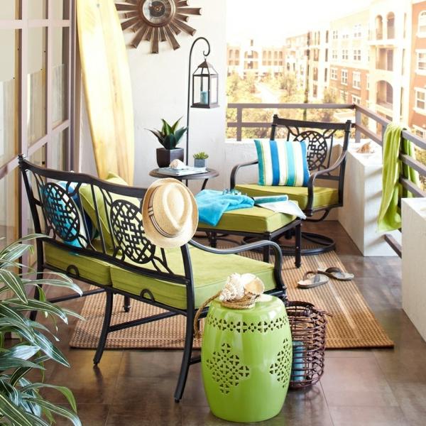 Balkonmöbel Selber Bauen ~ Balkonmöbel selber bauen  Gartenmöbel Set aus recycelten