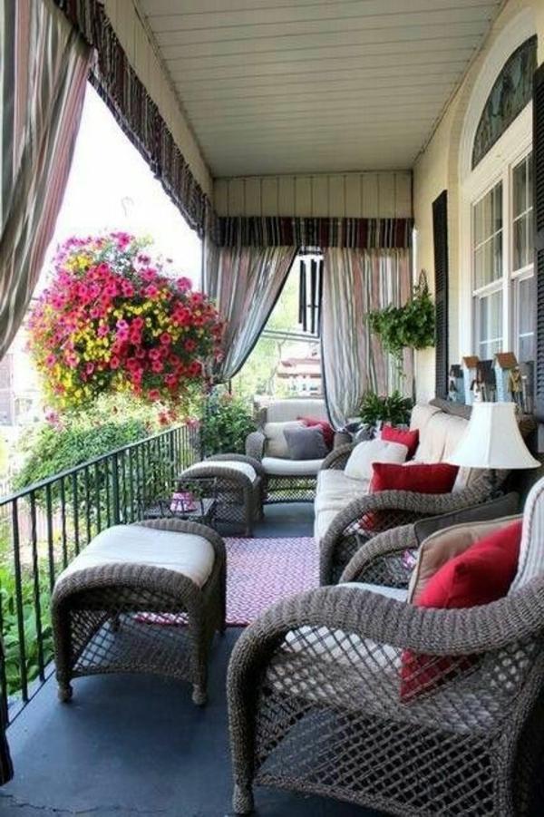 Polyrattan Gartenmobel Willhaben : Balkonmöbel selber bauen  Gartenmöbel Set aus recycelten