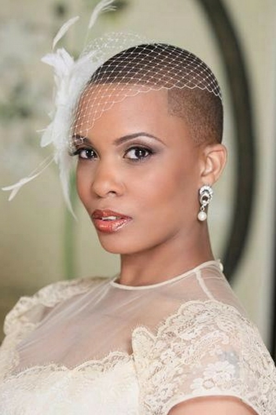 brautfrisuren für kurze haare haarschmuck blumen