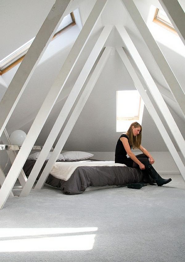 dachgeschoss balken weiß schlafzimmer bett