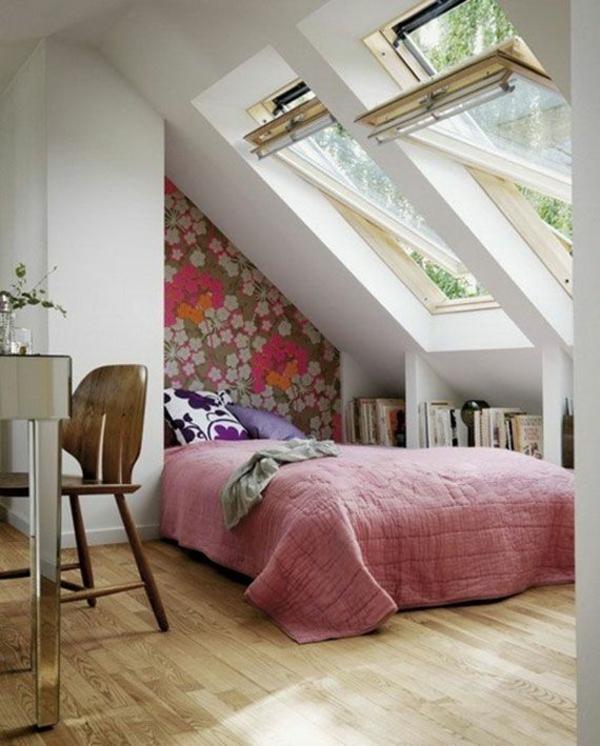 dekoratives kleines schlafzimmer am dach