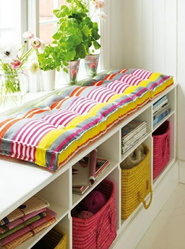 farbige sitzkissen n hen lustige dekoideen f r ihr haus. Black Bedroom Furniture Sets. Home Design Ideas