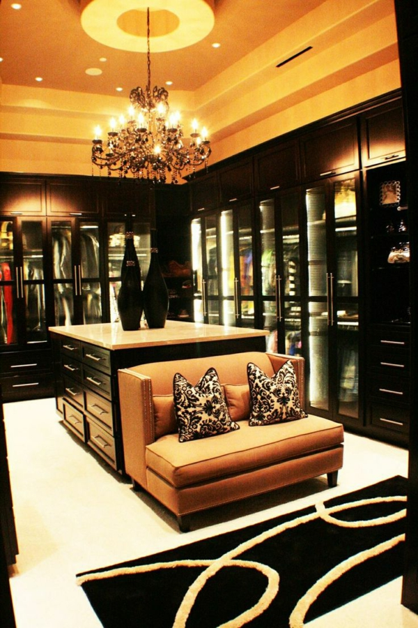 begehbarer kleiderschrank planen 50 ankleidezimmer. Black Bedroom Furniture Sets. Home Design Ideas