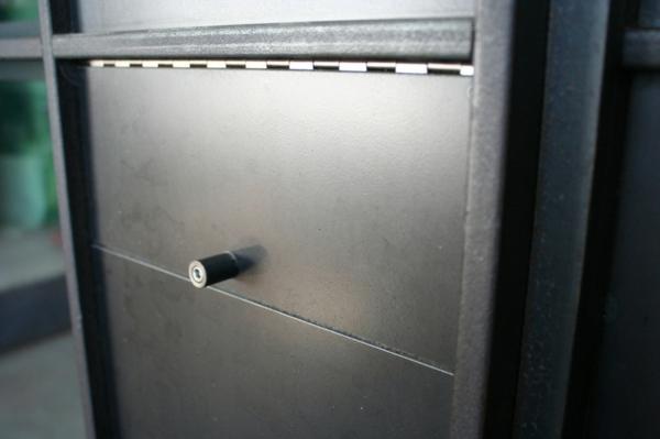 eingangstür überwachungskamera design briefkasten edelstahl unbemerkt