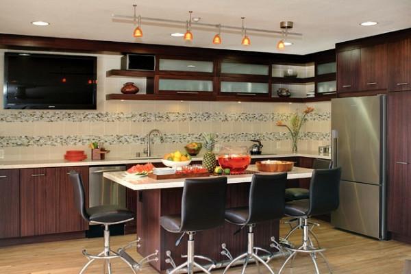 esstisch mit stühlen regulierbar modern moderne Küchengestaltung Ideen