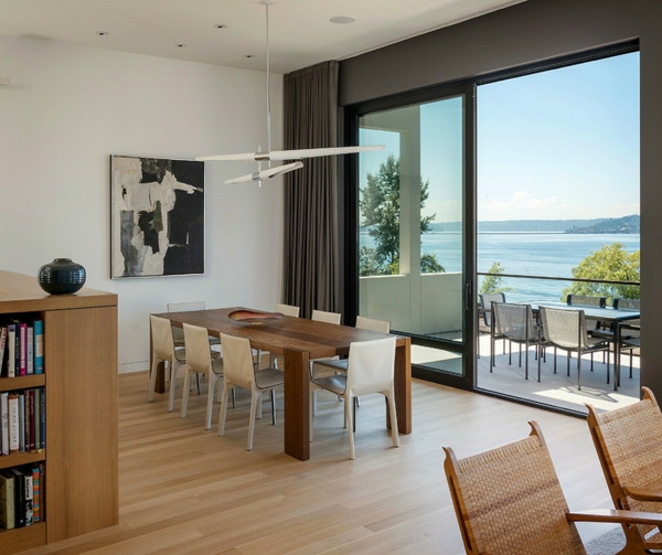 elegantes haus in seattle tolle aussichten auf den washingtoner see. Black Bedroom Furniture Sets. Home Design Ideas