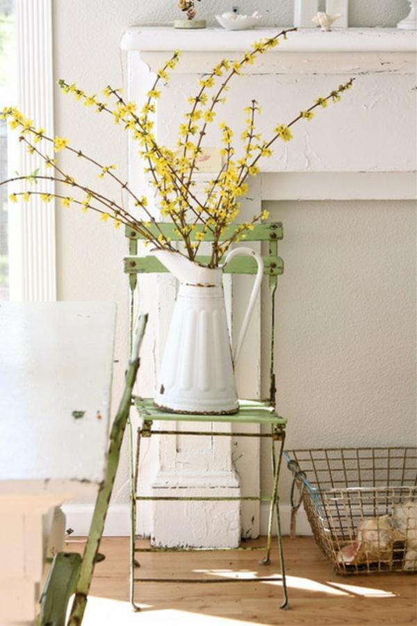 farbgestaltung wohnzimmer farbakzente in gelb zimmerpflanzen blumen
