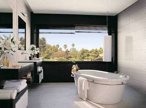 freistehende badewanne armatur schwarz weiß badmöbel