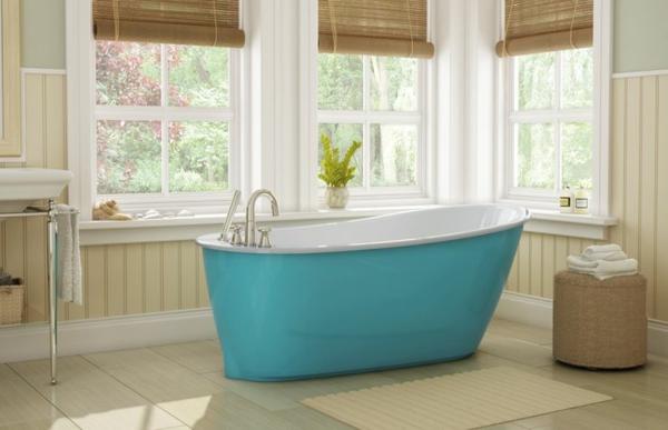 freistehende badewanne in türkisblau bodenfliesen badezimmer einrichtung