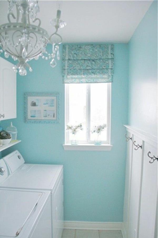 frische grüne farbe im waschraum