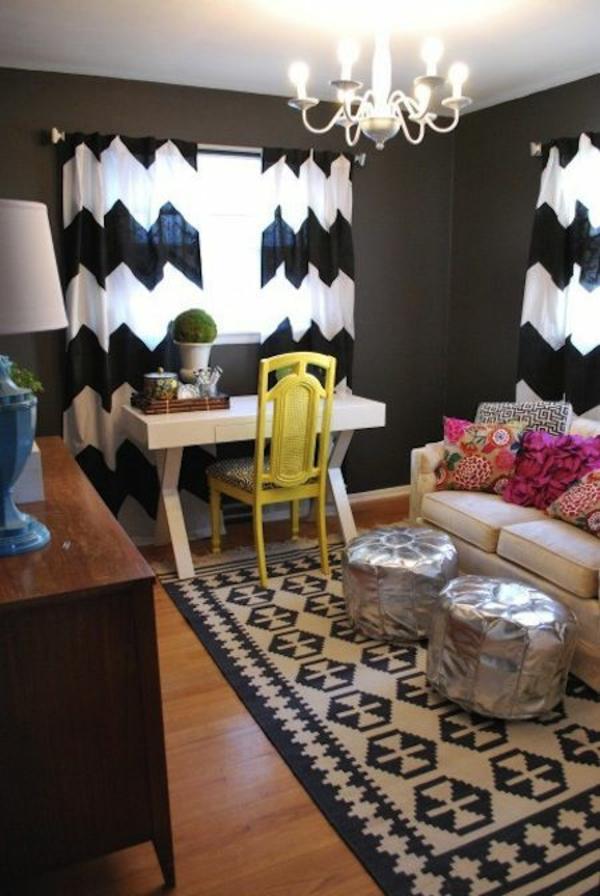gardinen ideen schwarz weiß chevronmuster wohnzimmer möbel