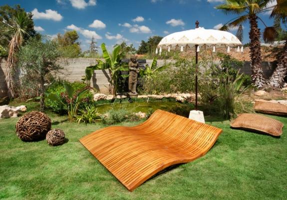 gartengestaltung Garten Loungemöbel designer möbel rattan holz liege
