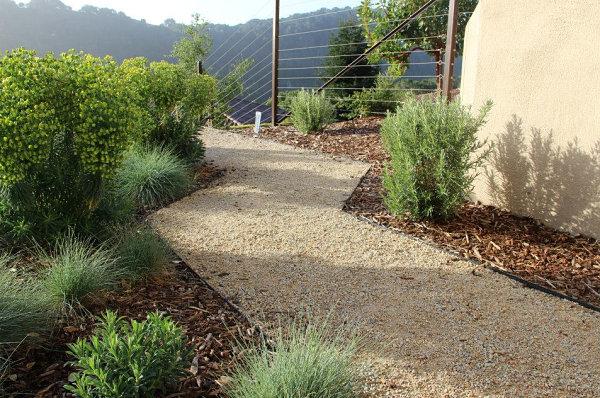 gartengestaltung und landschaftsbau kies stein gehweg