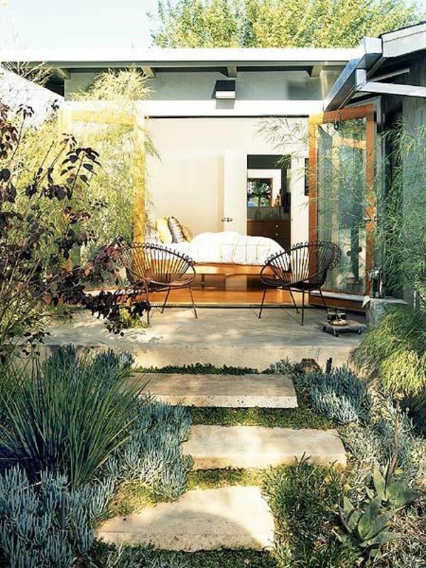 gartengestaltungsideen erstaunliche bilder zur gartendeko. Black Bedroom Furniture Sets. Home Design Ideas
