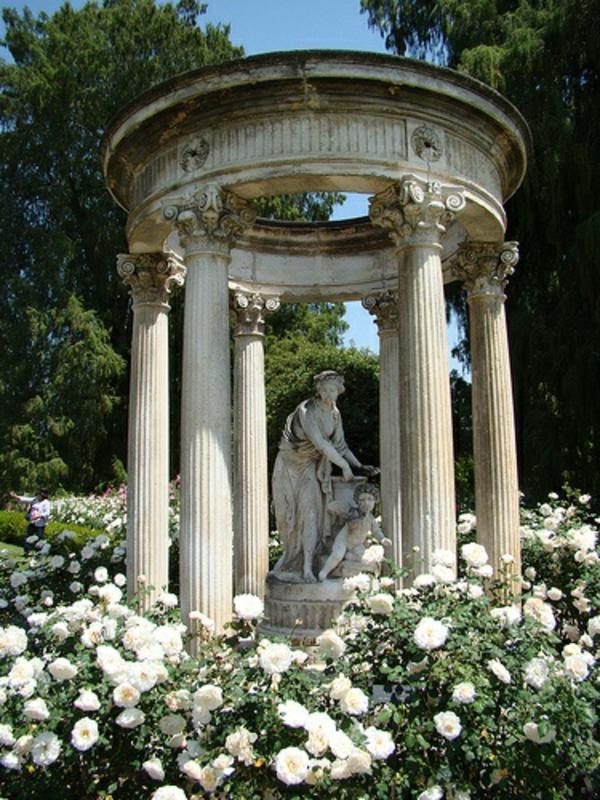 gartenlaube-selber-bauen-säulen