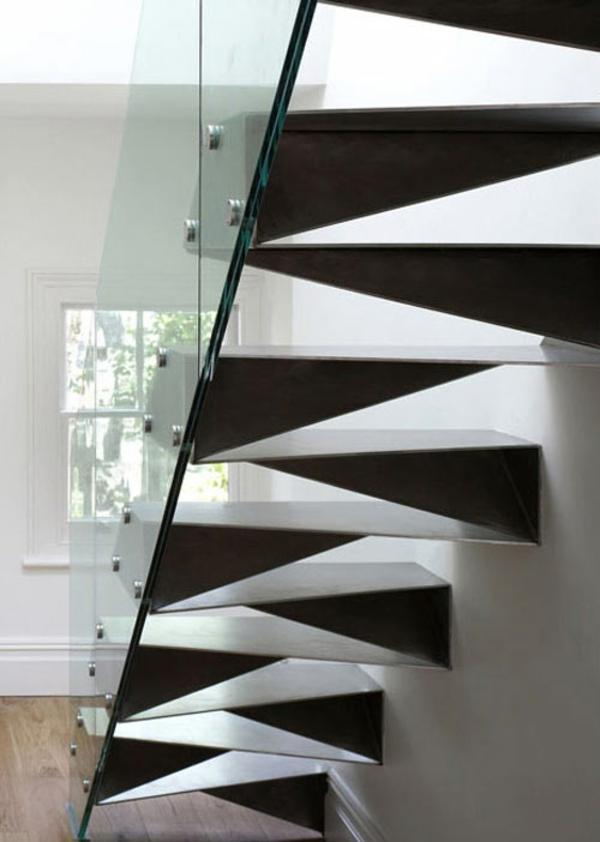 gerades treppenhaus aus metall glas geländer