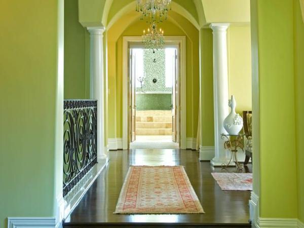 grüne farbgestaltung flur teppich dekoration