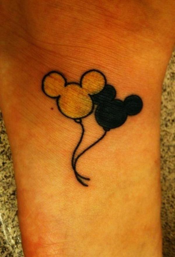 hello kitty tattoo handgelenk design