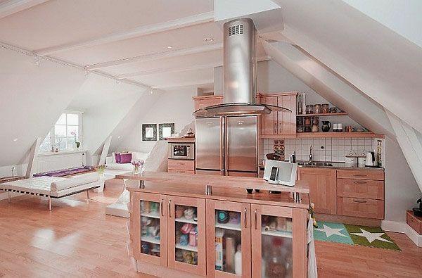 holz küche am dach kleiner schrank schlafecke