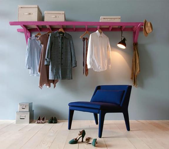 holz leiter streichen farbe kreative bastelideen kleiderständer selber bauen