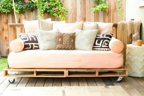 holzbank selber bauen - gemütliche sitzecke für ihren garten, Garten Ideen