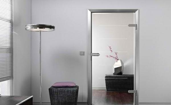 innentüren aus glas minimalistisch stil