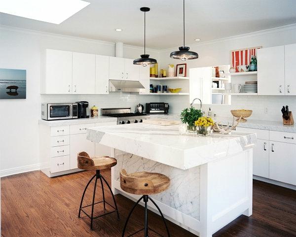 küche innendesign ideen weiße möbel stühle