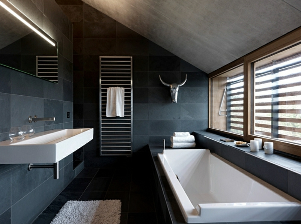 kleines badezimmer einrichten schwarz weiß badmöbel ideen