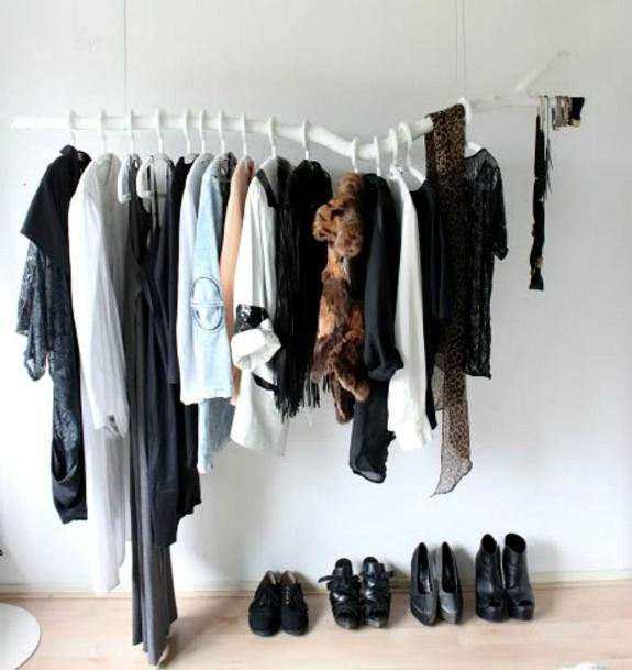 kreative bastelideen kleiderständer selber bauen baumzweig begehbarer kleidercshrank