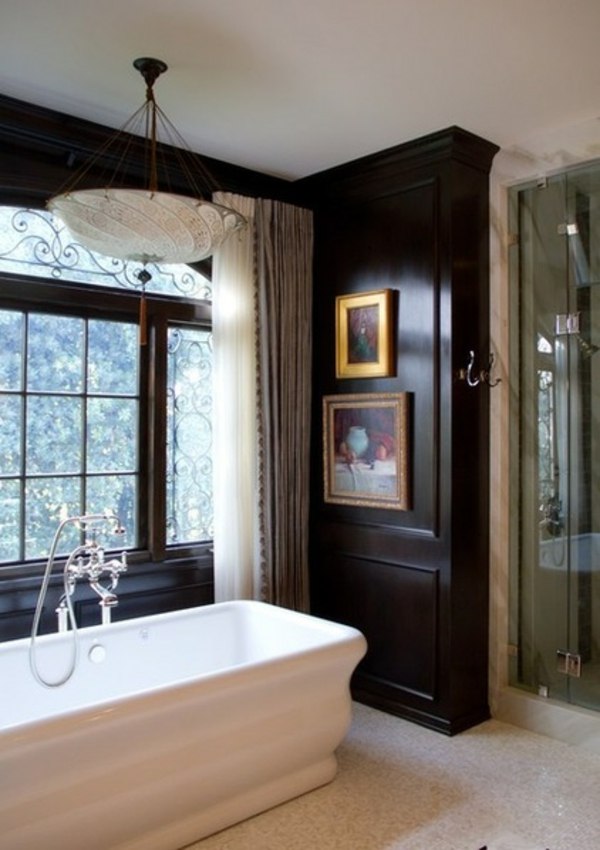 luxus badezimmer schwarze trimmung wanne