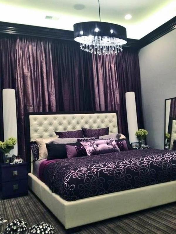 luxus schlafzimmer lila weiß bett vorhänge