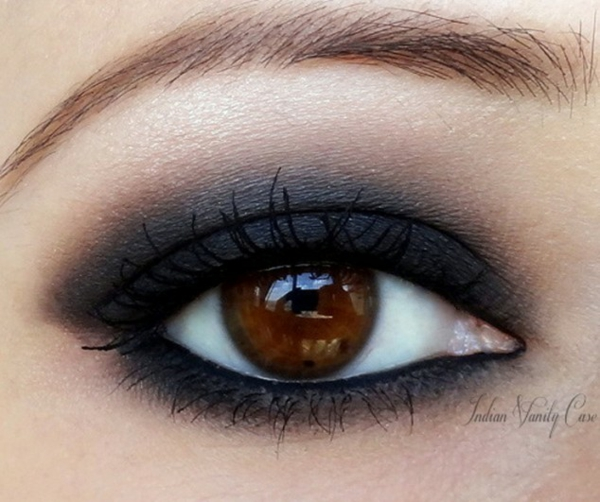 make-up trends smokey eyes schminken tiefer blick