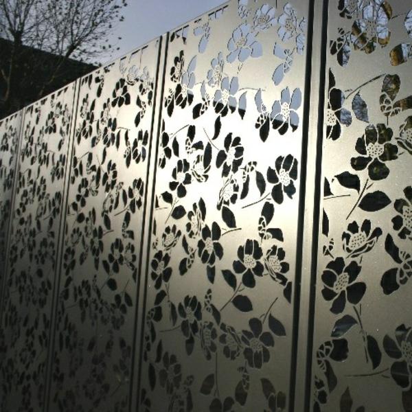 moderne gartenzäune aus metall blumen muster