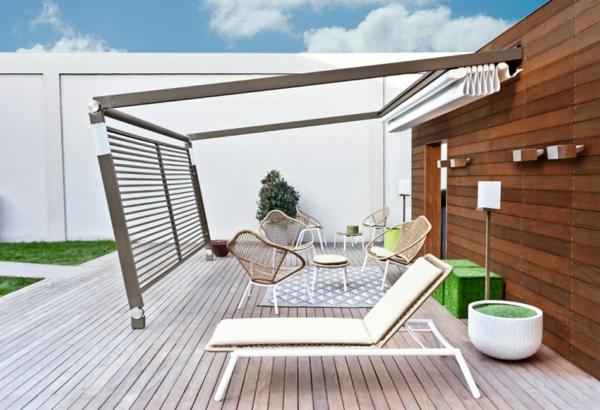 pergola beschattung sonnenschutz im garten und im hinterhof. Black Bedroom Furniture Sets. Home Design Ideas