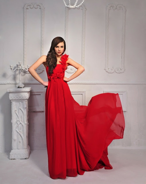 20 trendy rote kleider f r einen unvergesslichen look - Rotes abendkleid lang ...