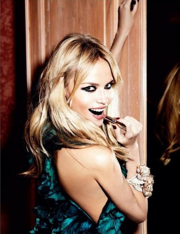 schöne ideen für abend make-up eyeliner lippenstift