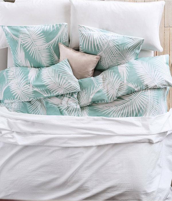 schlafzimmer  dekoideen tropische decke set