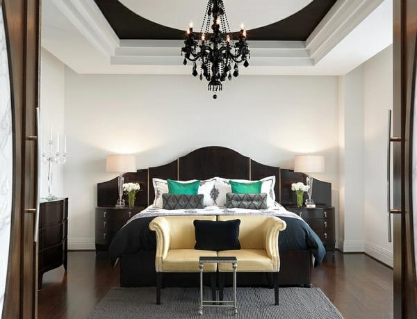 schlafzimmer ideen schwarz-weiß bett bettbank dekokissen bunt
