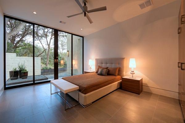 schlafzimmermöbel minimalistisch komplett ideen tischlampen