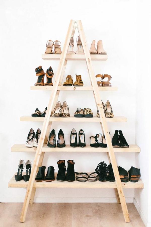 Schuhregal Holz Selber Bauen ~ schuhregal selber bauen holzleiter holzbohlen helles holz diy idee