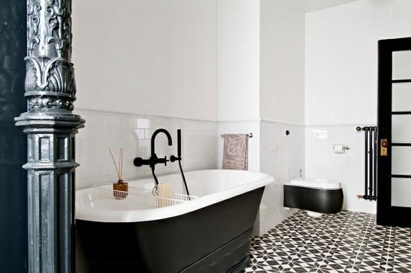 schwarz-weiße badewannen freistehend mit sockel moderne