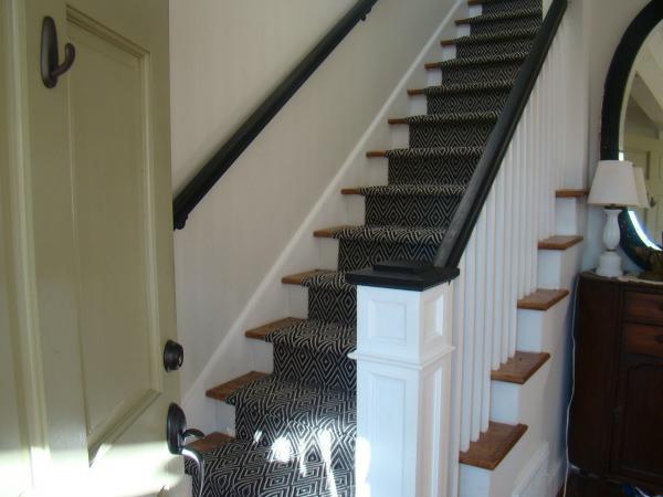 schwarz weiße gestaltung treppenteppiche
